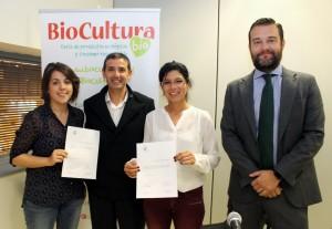 De izquierda a derecha María Bartolomé (SGS), Javier Fernández (COPADE) y Rosa Cabezudo y César García (BM TRADA).