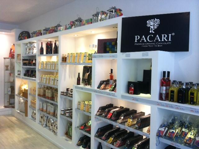 EL CORTE INGLES, PACARI y COPADE donarán el 3% de las ventas de los chocolates Pacari en la prestigiosa cadena de tiendas.